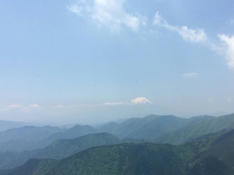 雪をかぶった富士山がくっきり♪