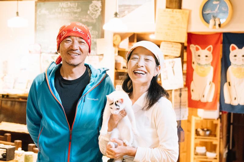 左:「シェルパ斉藤」ことご主人の政喜さん 右:奥様の京子さん