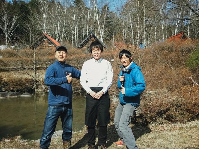 社員の原さん、船山さん(右)ともに