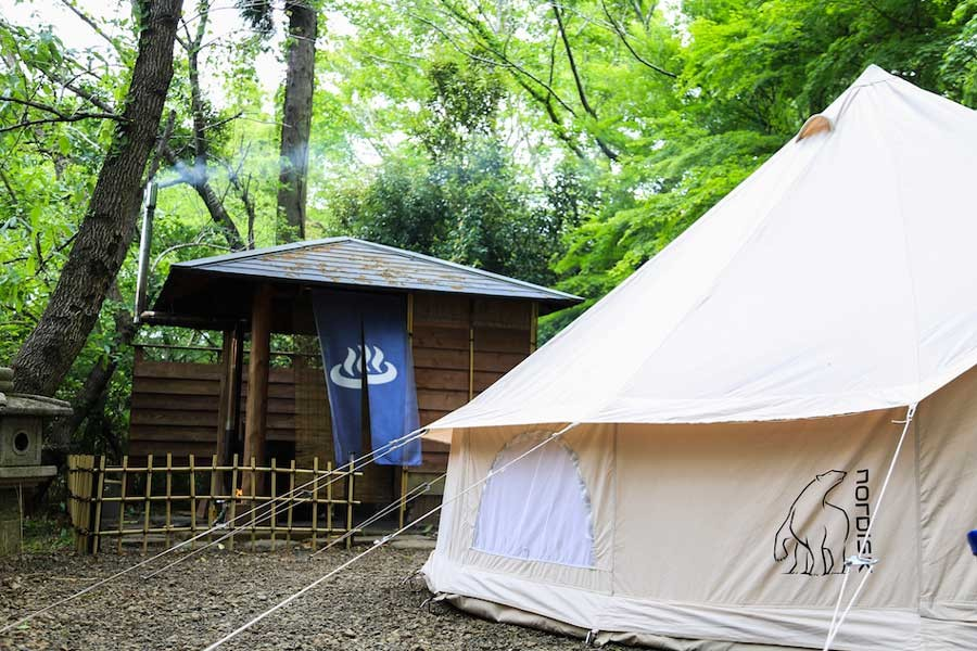 有野実苑にしかない、露天風呂付きサイトは常連キャンパーに大人気