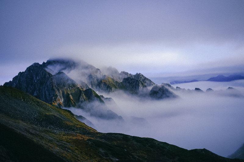 剱御前小舎から剱岳を望む(提供写真)