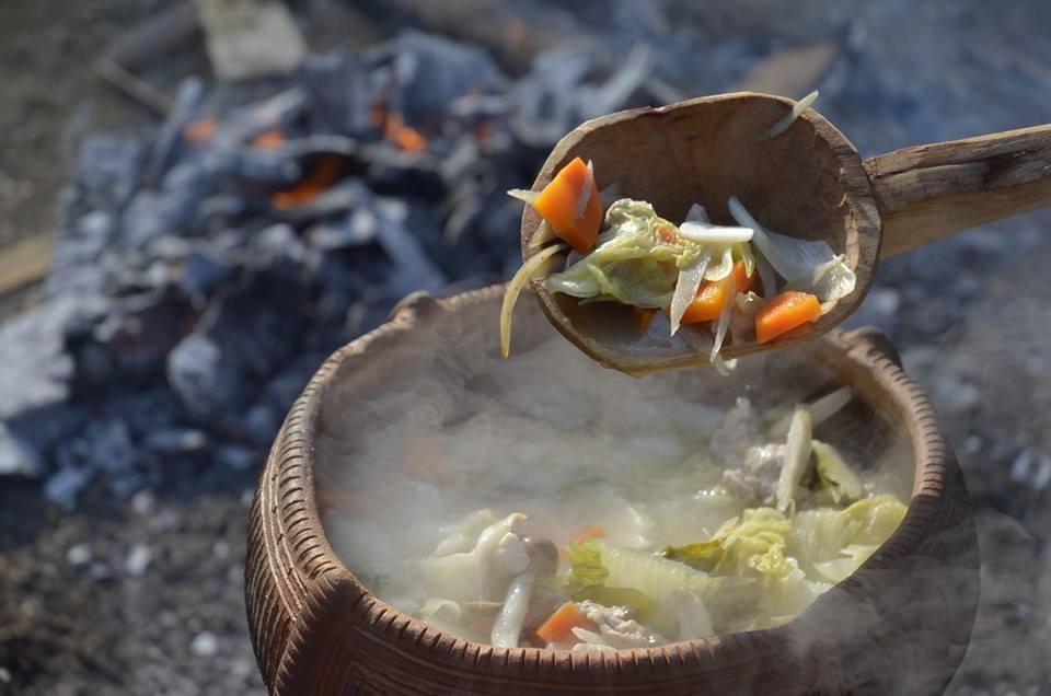 土器の耐熱性を活かして創る土器汁