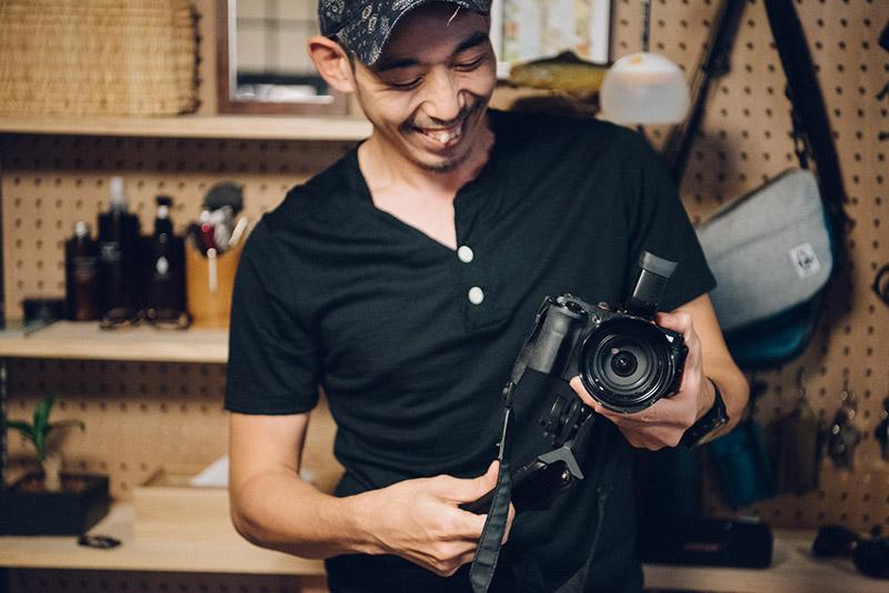 昔からカメラ好きだというヤマガスキナダケさん。山では動画も撮るそう