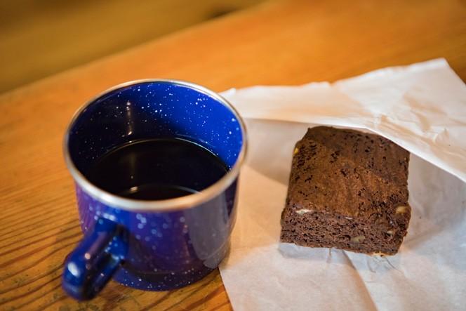 山荘のお膝元、伊那市の自家焙煎珈琲店から買い付けているという極ウマなドリップコーヒーもいただけます