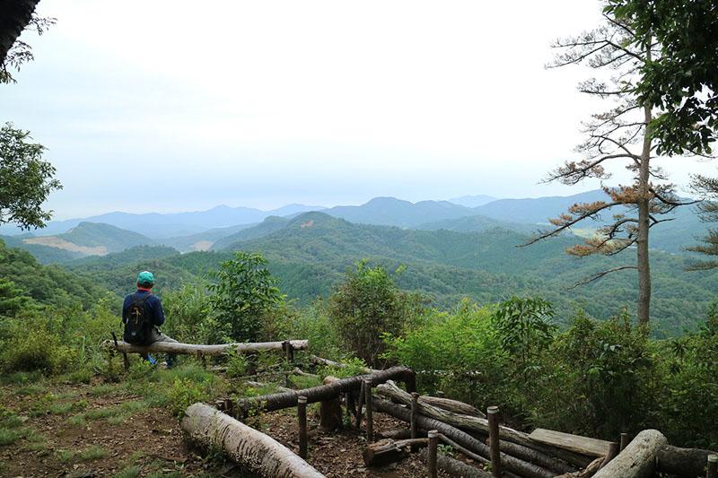 ここからは栃木県側の山並みがよく見えます
