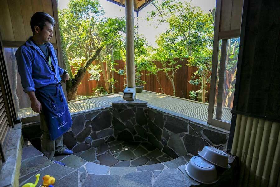 鈴木社長自ら作った貸切露天風呂はキャンパーに大人気!
