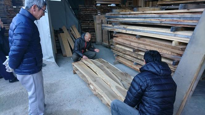木材は飛騨市の広葉樹(小径木)を有効活用(提供写真)