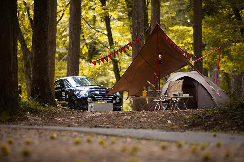キャンプ料理・キャンプ風景(いずれもユウトさん提供)