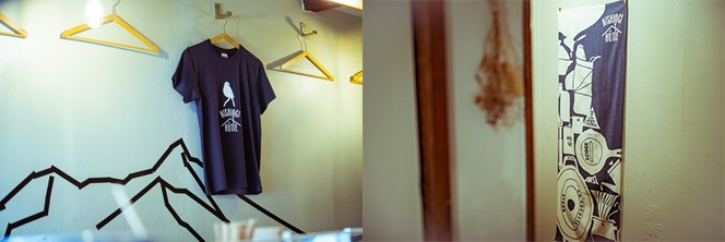 長内さんがデザインしたTシャツと手ぬぐいも販売中