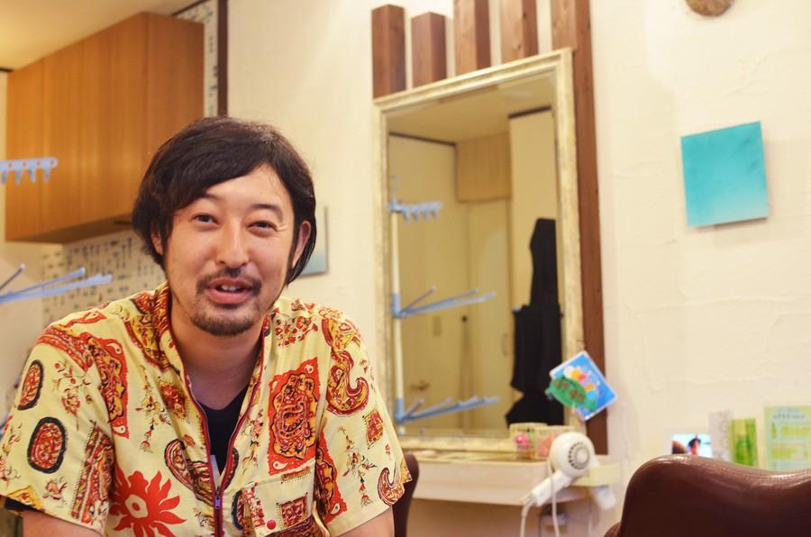 美容室KURAKUの藤島さん。よろしくお願いします!