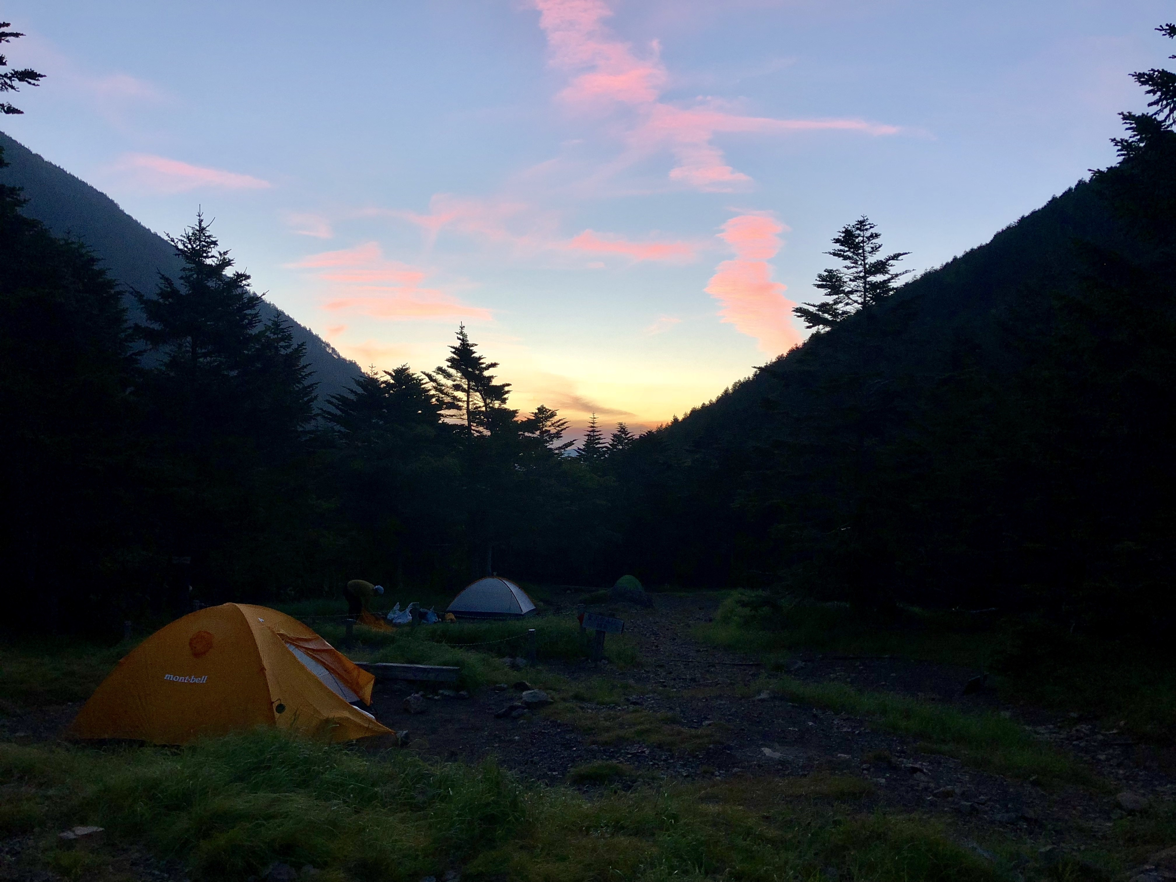 大好きなテントサイトの一つ、聖平小屋のテント場