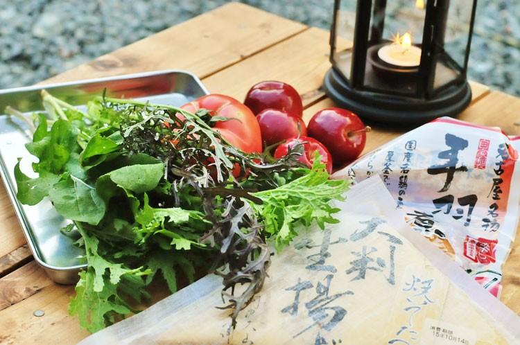 農家さんからいただいた野菜と特産品のお豆腐