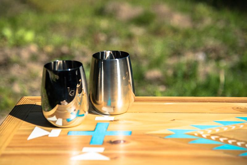 新潟県・燕産のグラス。集めるアイテムは枠にとらわれない自分流のものばかり