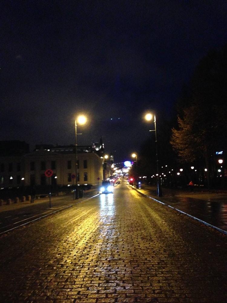 冬のオスロの朝8時