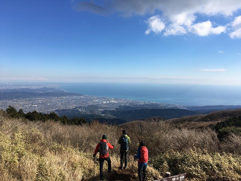 アウトドア部で箱根の明神ヶ岳にトレッキングしたときの様子(写真/大石さん提供)