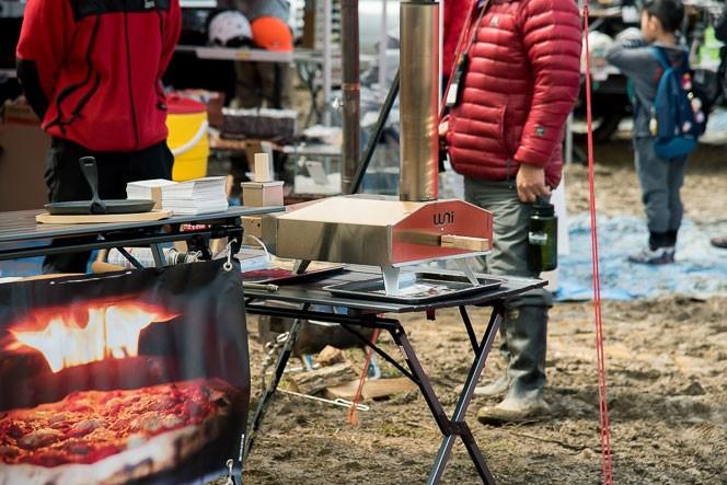 イギリス発、世界中で人気のピザ釜オーブン「uuni」