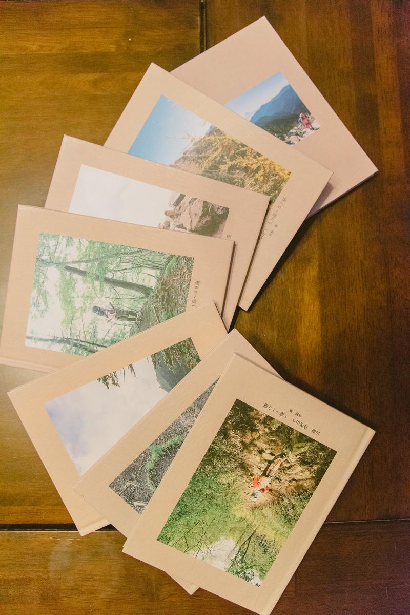 踏破の記録はこうして思い出の写真とともに直美さんが冊子に残している