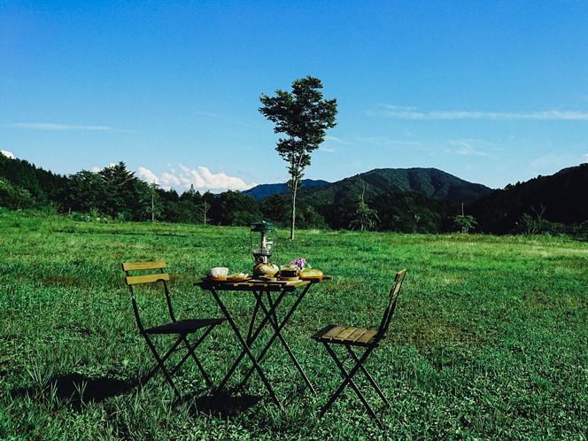 パン工房の横にある清内路健康の森の広場(提供写真)
