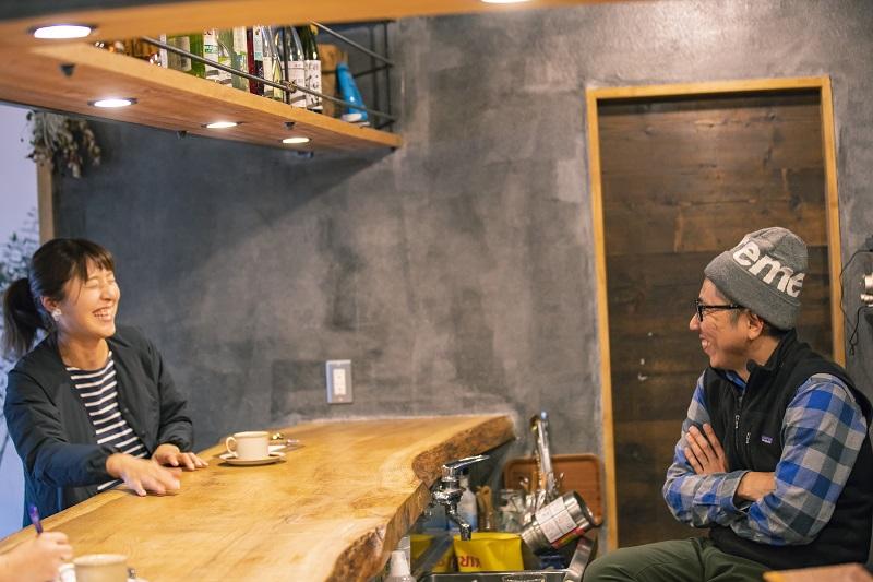 小澤清和さんと智子さん。ふたりは松本生まれ松本育ちという、生粋の松本っ子だ