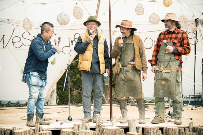 トークライブでは同じ木材でのものづくりを行う4人で会話が弾んだ
