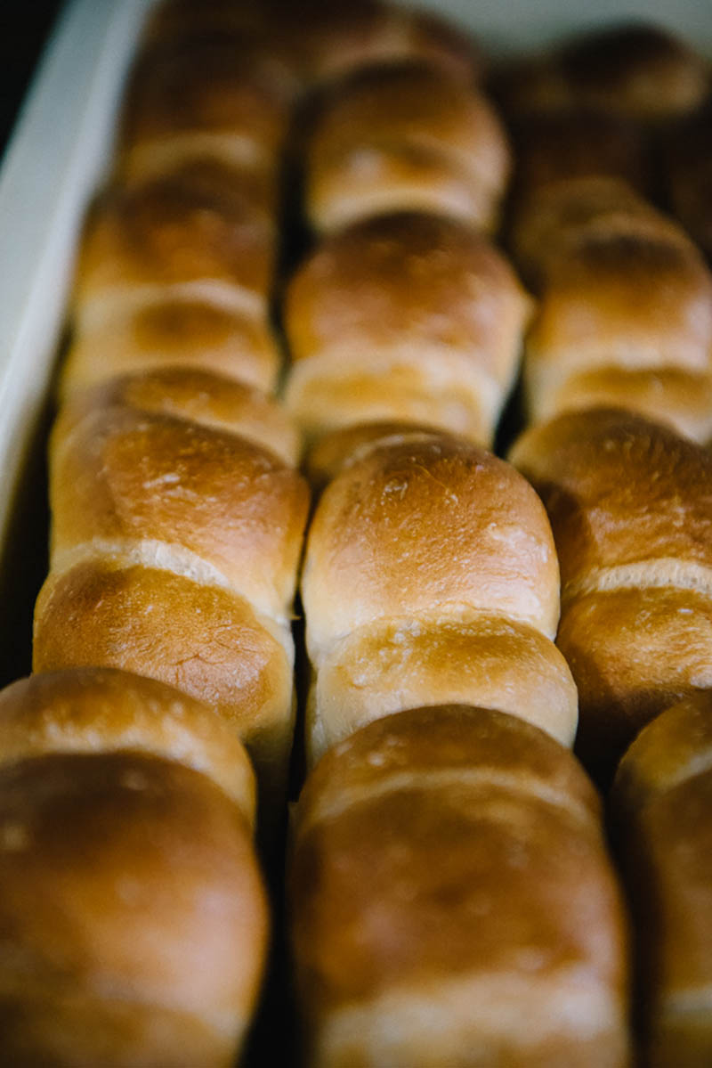 当時は中身の入っていないシンプルな山型のパンだけだった