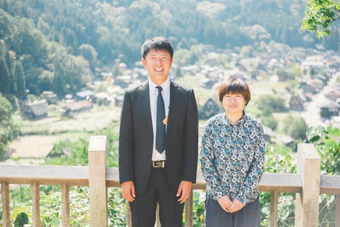 写真右が長坂さん。左は村役場の高島さん。今後高島さんオススメスポットも巡ります