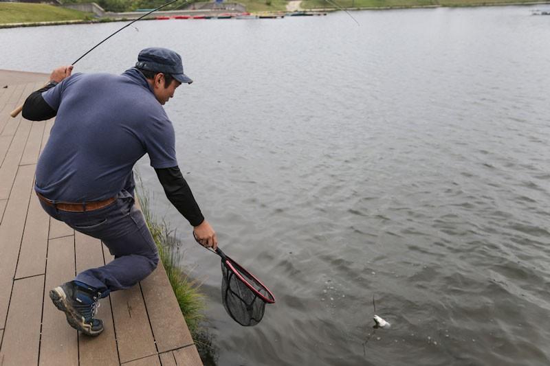 マネージャーの兼子さんは釣り好き