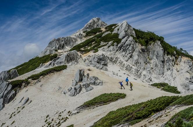 yamajokのメンバーと燕岳に登ったときの1枚(写真提供/平林岳志さん(grasshopper))