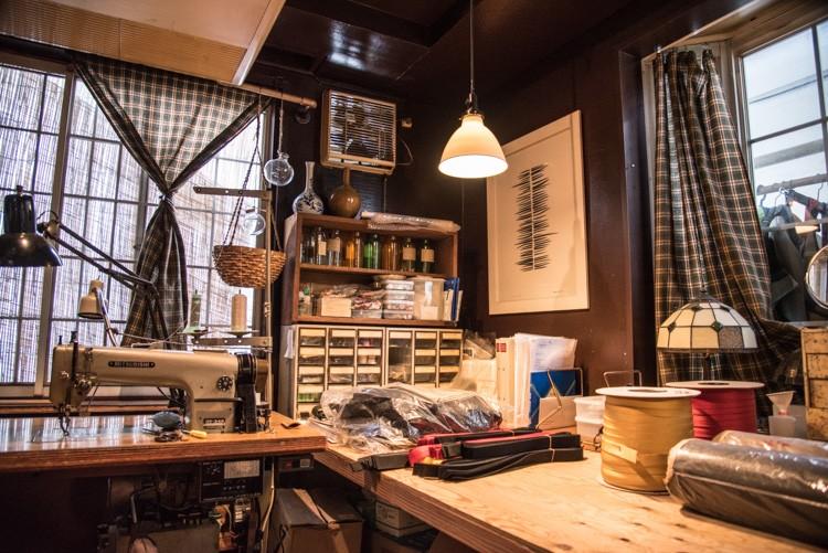 お店の奥にある恵理さんの工房