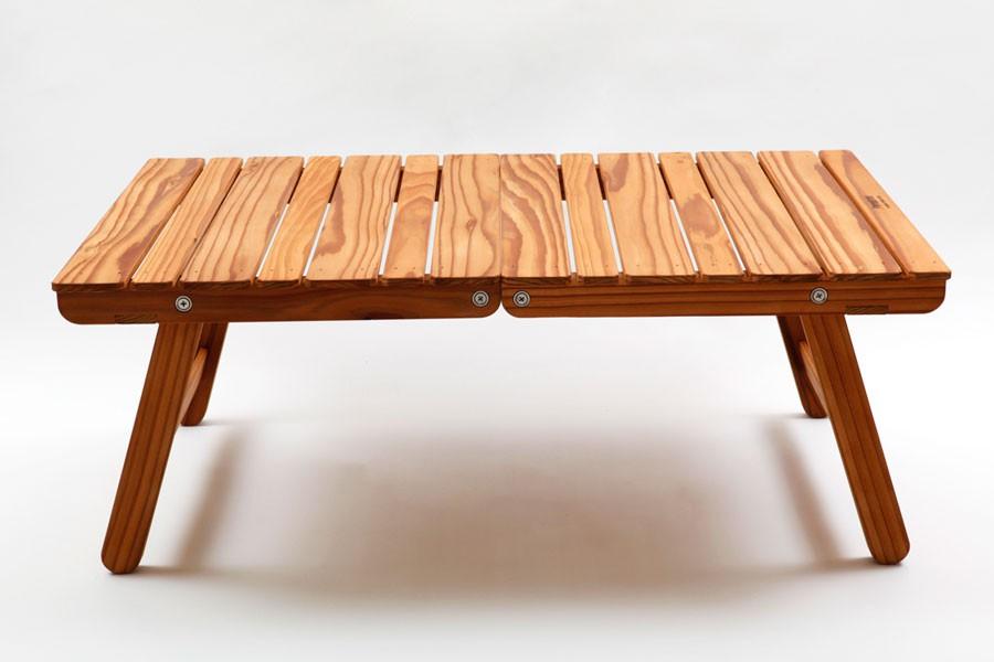 ブランドとして最初のプロダクトであるウイングテーブル