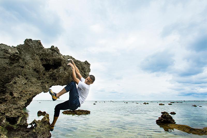 「同じスポットでも、花崗岩や琉球石灰岩といった異なる岩質があるから面白い!」と平山さん