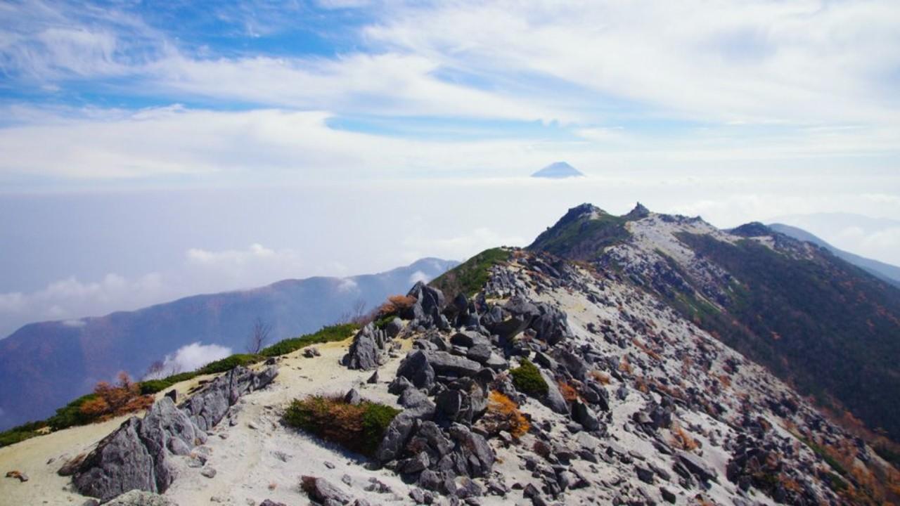 鳳凰 三山 山小屋 鳳凰三山|縦走コースガイド