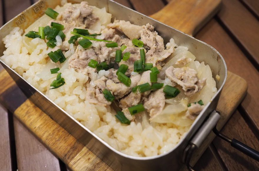 【メスティン炊き込みご飯レシピ⑤】しょうがと焼き豚の炊き込みご飯