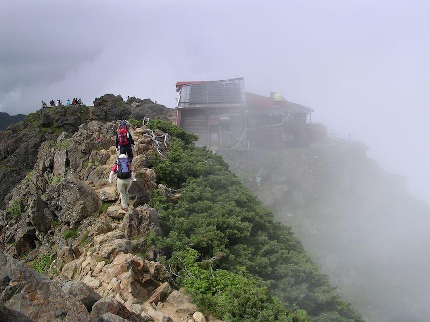 中級者におすすめのコース:編笠山〜権現岳〜赤岳縦走コース